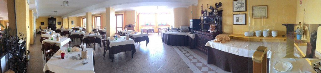 Hotel Gallo - Frühstücksraum - Panorama