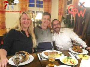 Patrizia, Silvan und Jürgen in der Fischküche Förster
